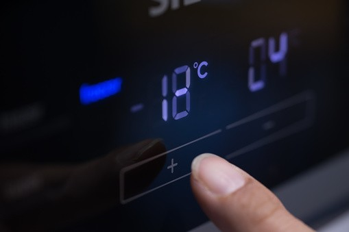 Fridge-freezer display showing temperature