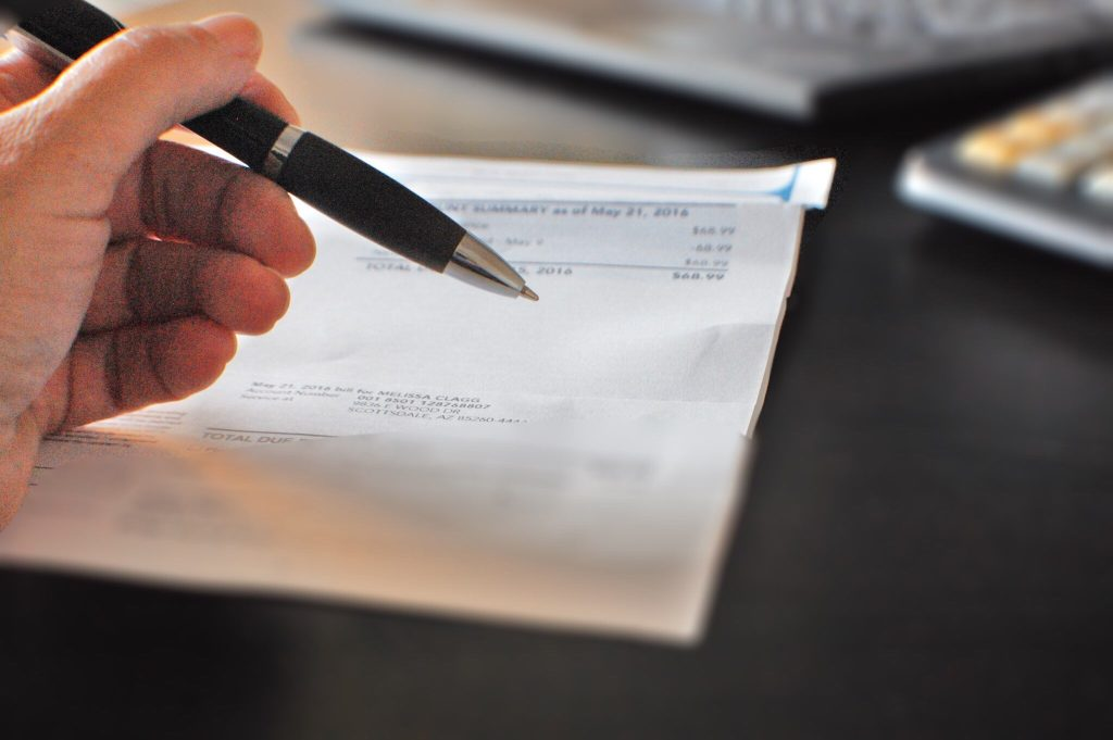 A Short Tax Guide for U.S. Citizens Residing in the United Kingdom