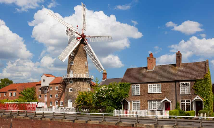 The Maud Foster Windmill, Skirbeck, Boston, 80ft tall to the cap ball and still in operation: Skirbeck, Boston, Lincolnshire.