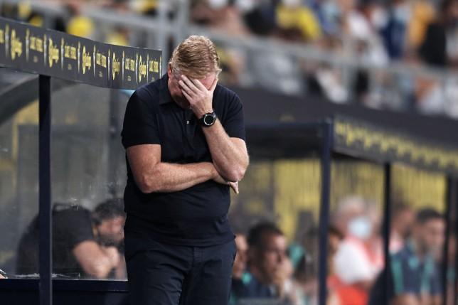 Ronald Koeman looks on during Barcelona's La Liga clash with Cadiz