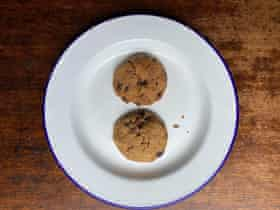 Big on the rice flour: Elizabeth Barbone's gluten-gree chocolate chip cookies. All thumbnails by Felicity.