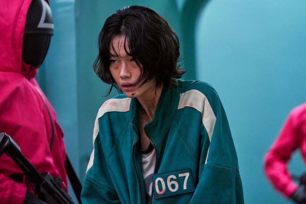 Jung Ho-yeon (정호연) as Kang Sae-byeok