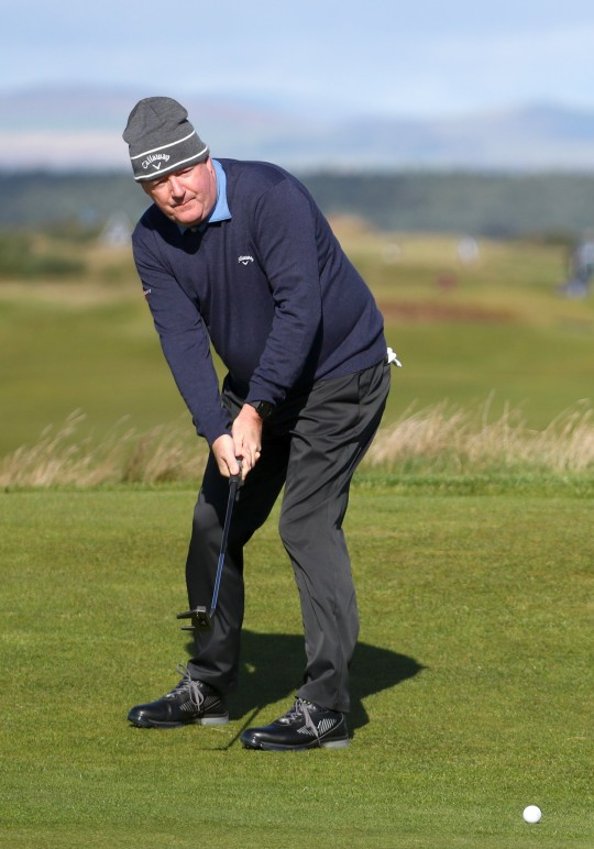 Piers Morgan putts on the 3rd green during Day Two of The Alfred Dunhill Links Championship at The Old Course on October 01, 2021 in St Andrews, Scotland