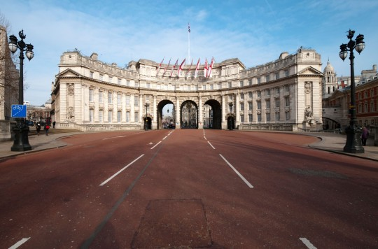 BJ5RJ7 Admiralty Arch on The Mall