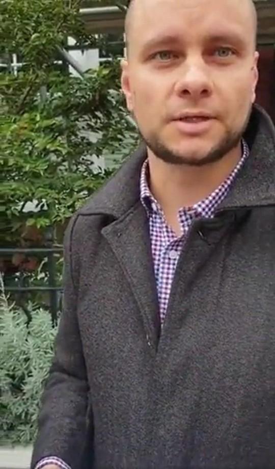 Jeremy Vine anti-vaxx doorstepper