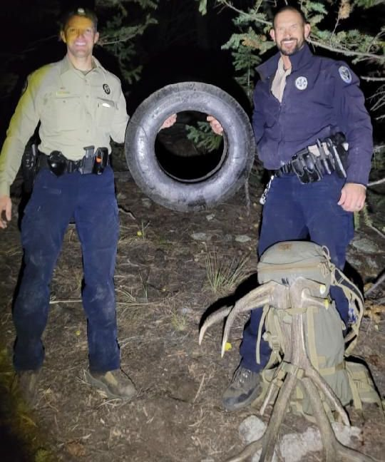 Wildlife officers Scott Murdoch and Dawson Swanson hold up the tire that was on this bull elk for over two years (Picture: Pat Hemstreet/CPW) An elk with a tire around its neck for at least the last two years was finally freed of the obstacle Saturday evening when Colorado Parks and Wildlife officers were able to tranquilize the bull and remove the tire.