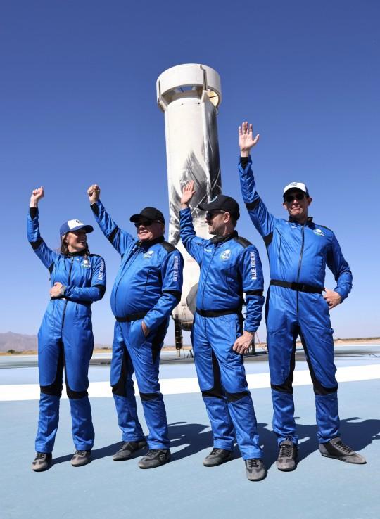 William Shatner and Blue Origin flight crew