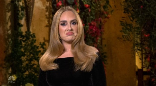 Adele belts out her greatest hits during 10 min Bachelor skit on Saturday Night Live.