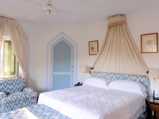 bedroom in torre de tramores