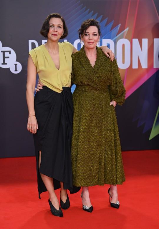 Olivia Colman and Maggie Gyllenhaal