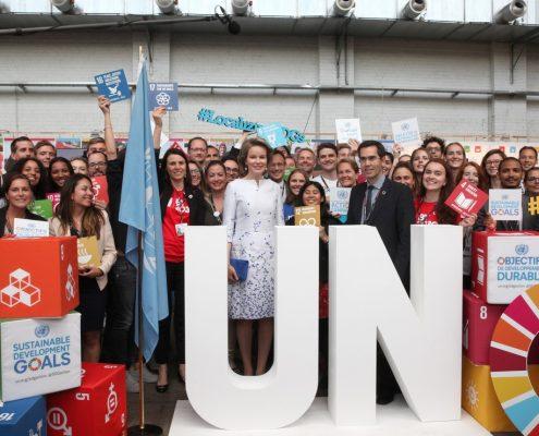Stand ONU avec sa majesté Reine Mathilde
