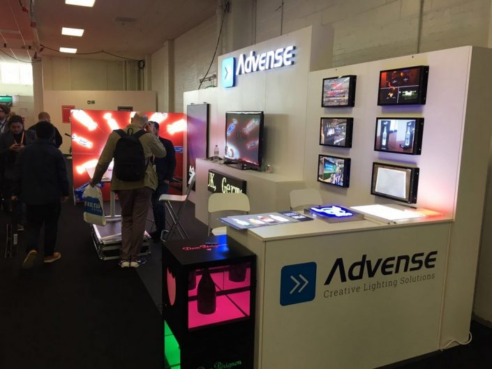 Stand Advense 1-T3 structure