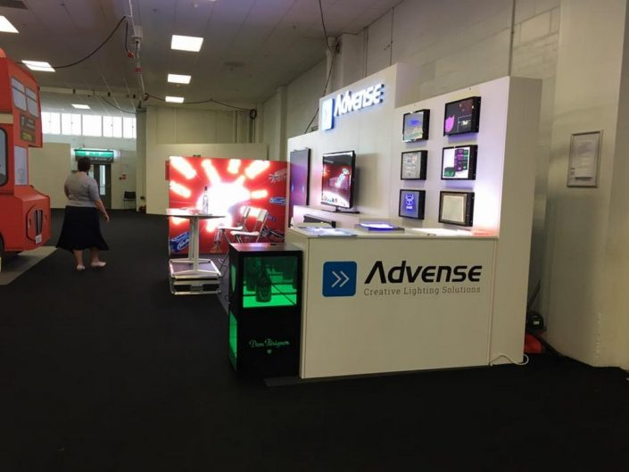 Stand Advense 5-T3 structure
