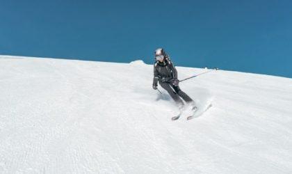 Kan man åka skidor som gravid? – Saker att tänka på