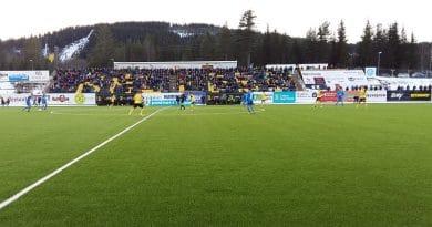 Pla-off at NAMMO Stadion