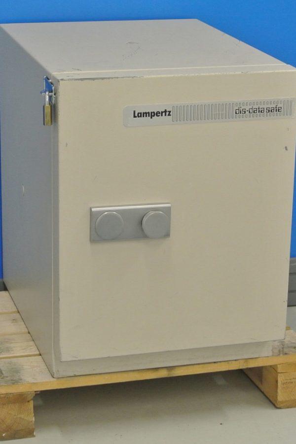 Begagnat Datamediaskåp Lampertz 60DIS med öppen dörr