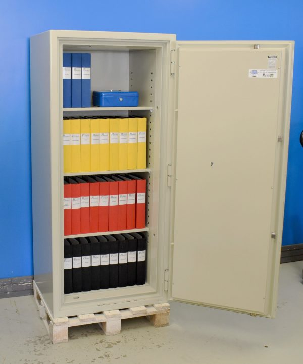 Begagnat dokumentskåp Nordsec 705 med öppen dörr