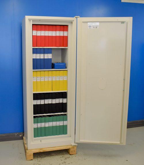 Begagnat Rosengren dokumentskåp RDC 173 med öppen dörr