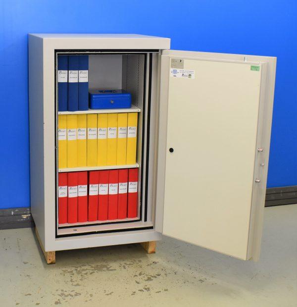 Begagnat dokumentskåp RCC 100 med öppen dörr