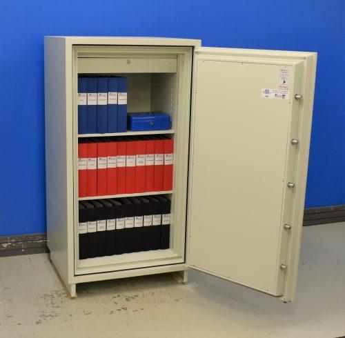 Begagnat dokumentskåp Diplomat NGS 380 med öppen dörr