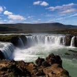 Rejser til Island | Vandfaldet Godafoss i Nordisland. North Travel