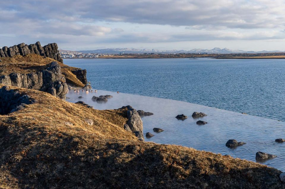 North Travel - spaudflugt i Island   Copyright Iceland Sky Lagoon og Copyright @2021 Christopher Lund