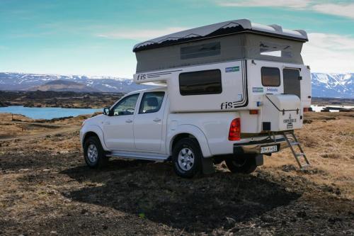 Toyota Hilux 4WD camper