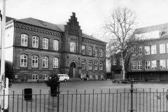 Vester Vold Skole ca. 1965, gymnastikbygning m.m. til højre