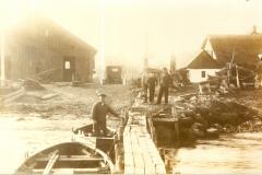 – Fiskere ved Maemosen, Tårup Strand ca. 1930