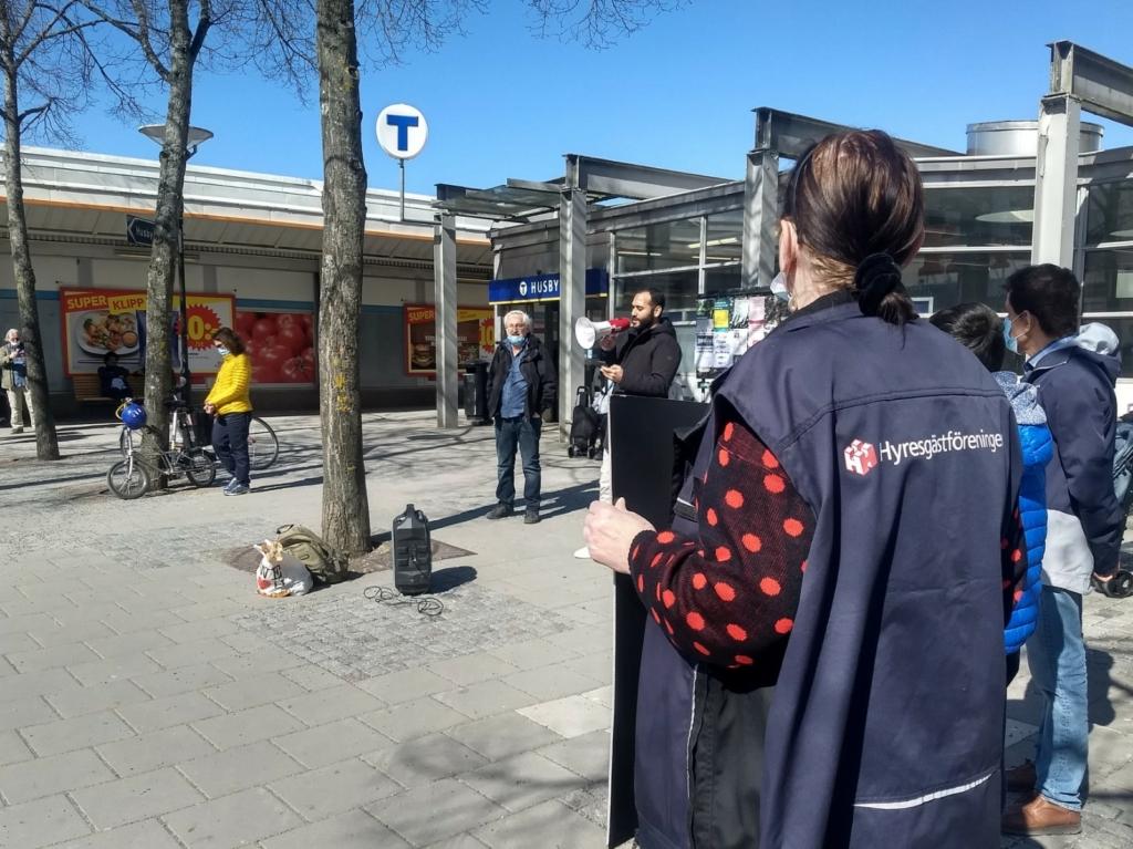Demonstration mot marknadshyror i Husby