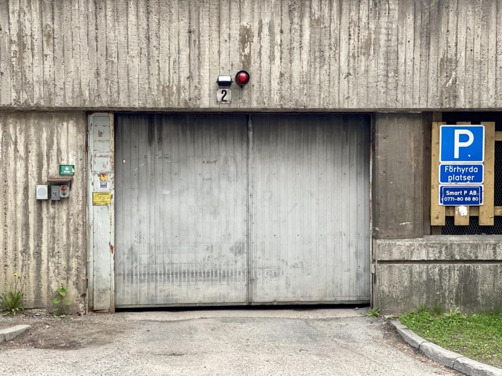 Garage i Husby