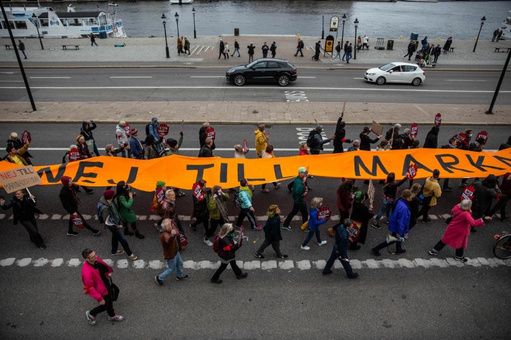 Bild på demonstranter