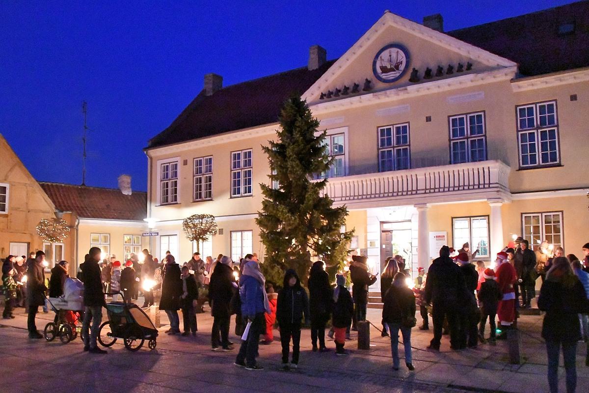 Julemarked og juletræstænding aflyst