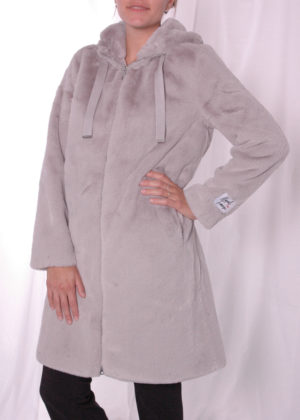 Jelene faux fur coat Rino & Pelle silver grey zijkant