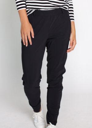 Studio Anneloes 02580-9000 Flo bonded trousers black model