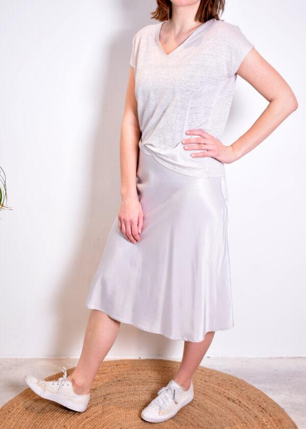 Emotions Skirt midi satin 221088 light grey voorkant geheel