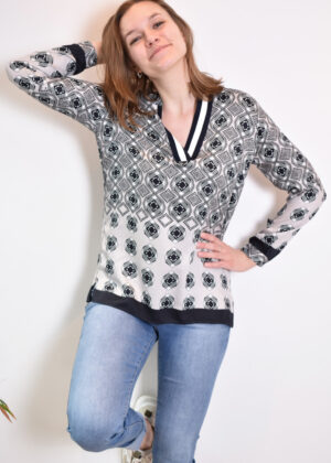 11-6646-3486-2_1600 milano italy blouse front