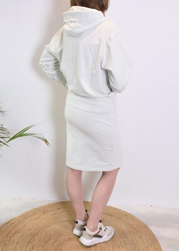 Penn & Ink N.Y. Skirt S21F873 en sweater S21F869 barely back