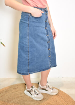 SR221-801 Roxy midi skirt medium blue wash MODEL side 2