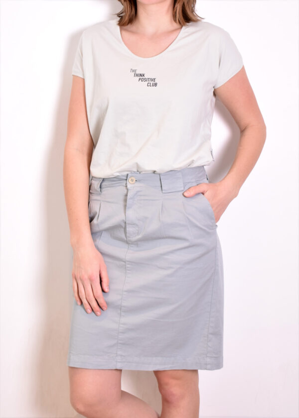 Penn & Ink T-shirt T552 outfit Penn & Ink Skirt W330 front