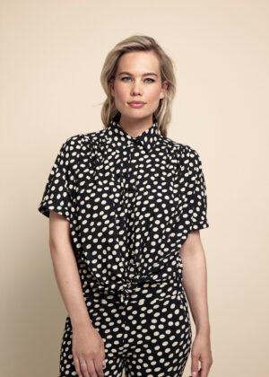 Studio Anneloes Lorena dot blouse 05908 Desert journey model