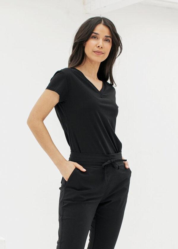 Studio Anneloes Roller shirt 94742 black model side