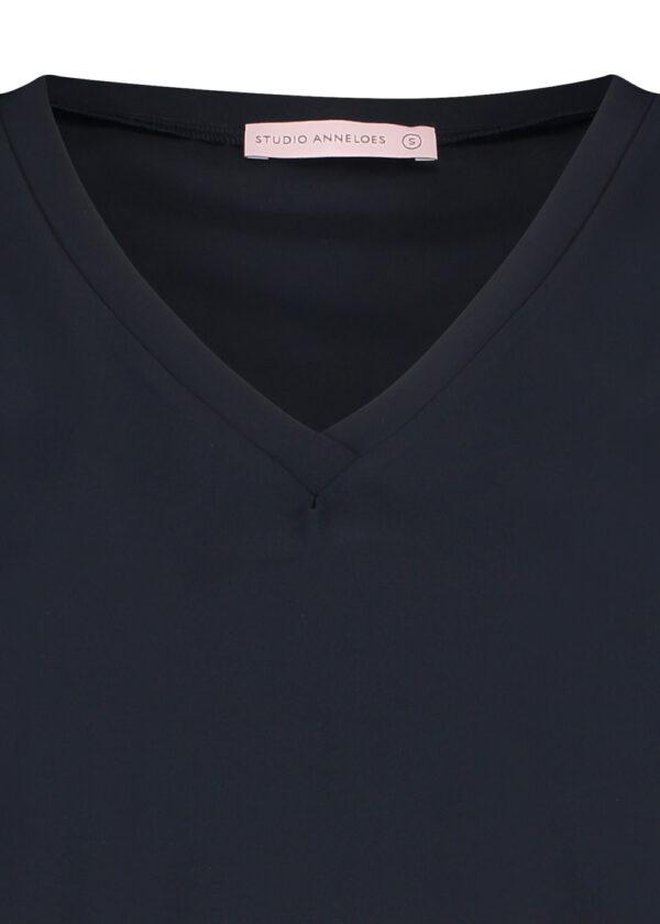 Studio Anneloes Roller shirt 94742 dark blue packshot close up