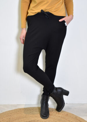 Penn & Ink Trousers W21T675 black front