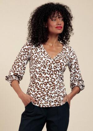 Studio Anneloes 06020-1167 Joy leopard wrap blouse Off white Indigo Model Front