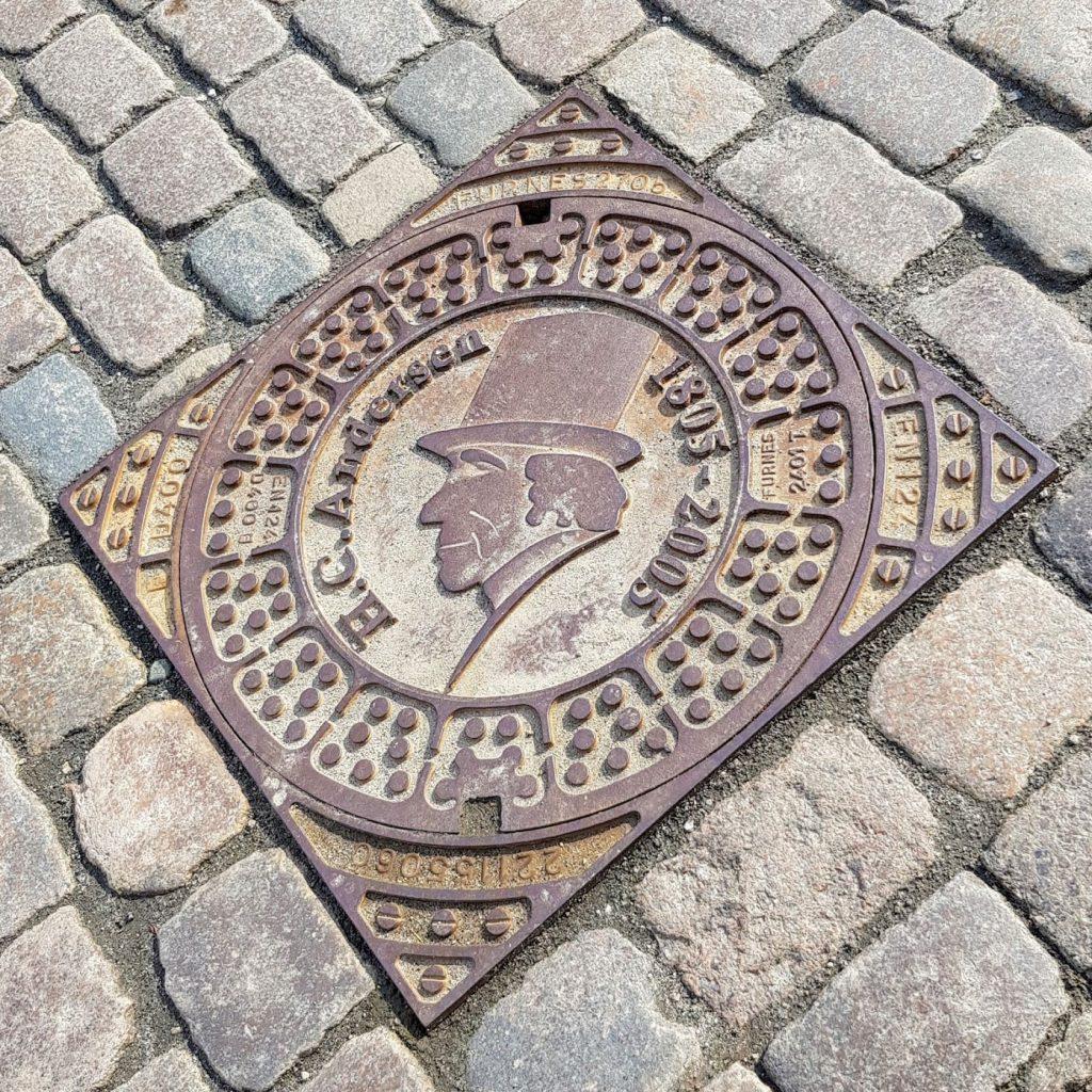 Kig op - kig ned /guidet tur i  Odense