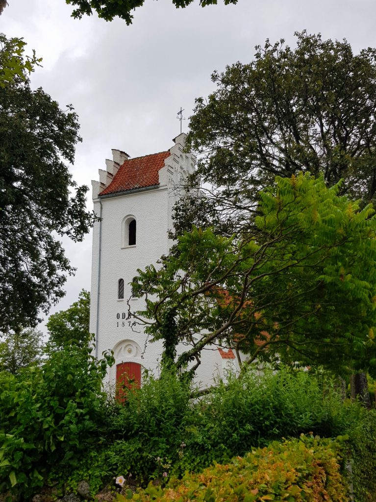 Avernakø kirke