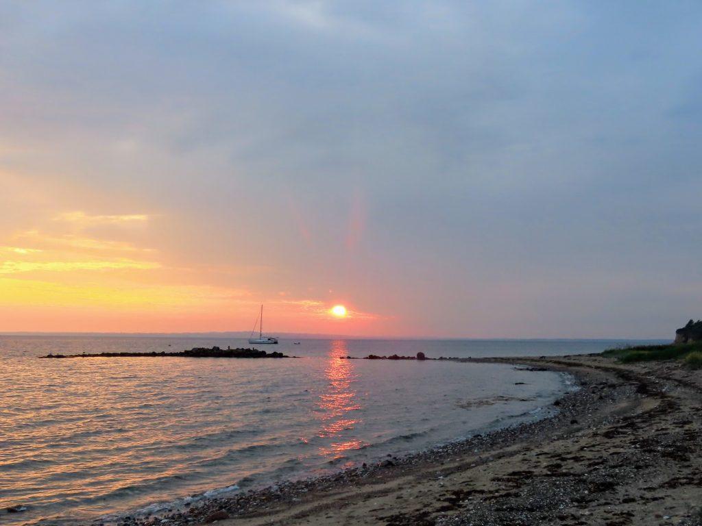 Overnatning på Æbelø