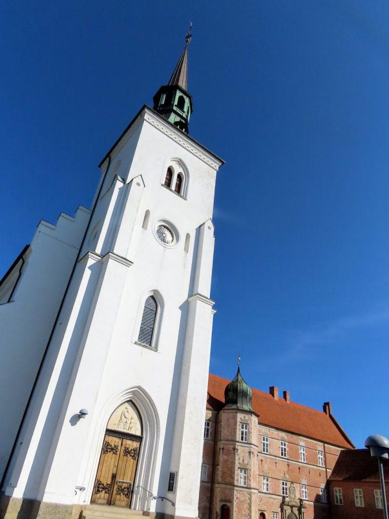 Brahetrolleborg Kirke
