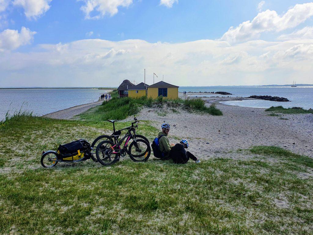 Vandre- og cykelrundtur på Ærø
